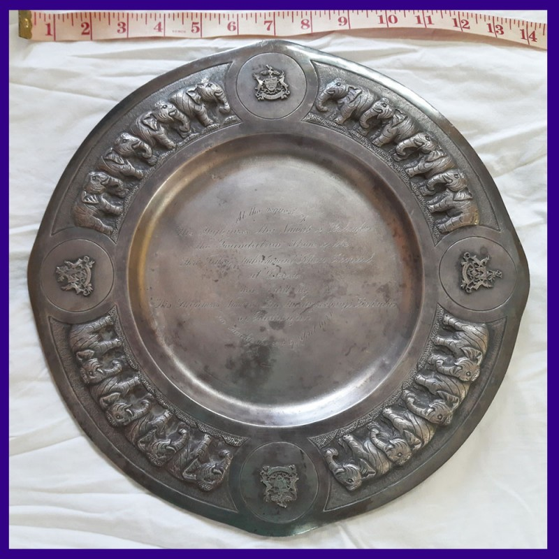Hallmarked Sterling Silver Plate Weighing 900 gms