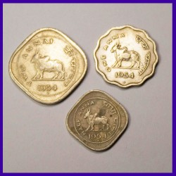 1954 Set of 3 Coins - Two Annas, One Anna And Half Anna, Bull Coin - Government Of India
